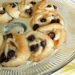 Pillsbury Blueberry Orange Coconut Crescent Ring 1 WM