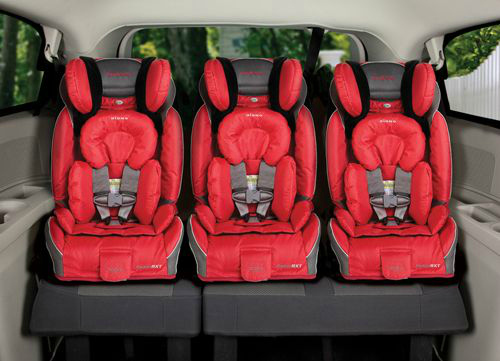 radian_rxt_child_car_seat_3_three_across