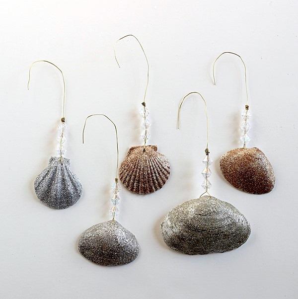 12 diy metallic holiday decor ideas - Shell decorations how to make ...