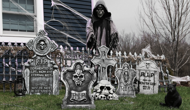 grim-reaper-graveyard-scene-halloween