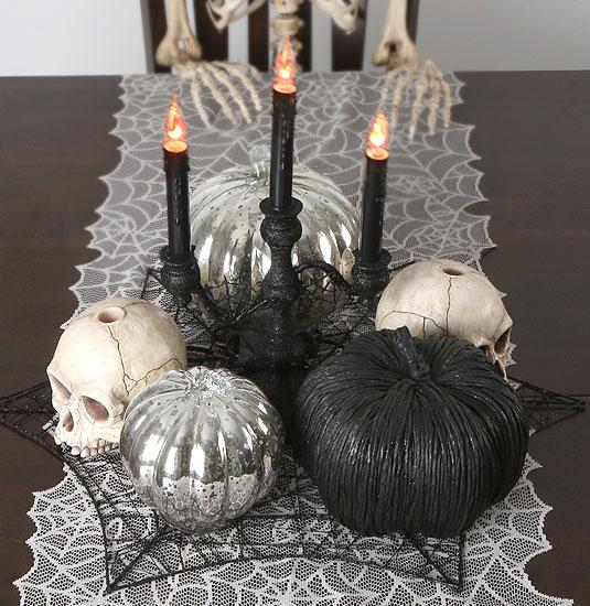 halloween-tabletop-scene-skulls-pumpkins