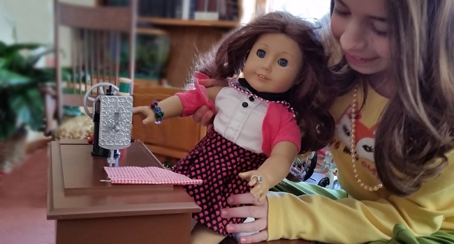 Vintage Style Doll Accessories from The Queen's Treasures + $130 GIVEAWAY