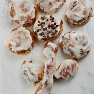 Cinnamon Roll Flower: An Easy Breakfast Treat