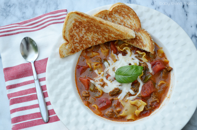 Quick Lasagna Soup with Grilled Cheese