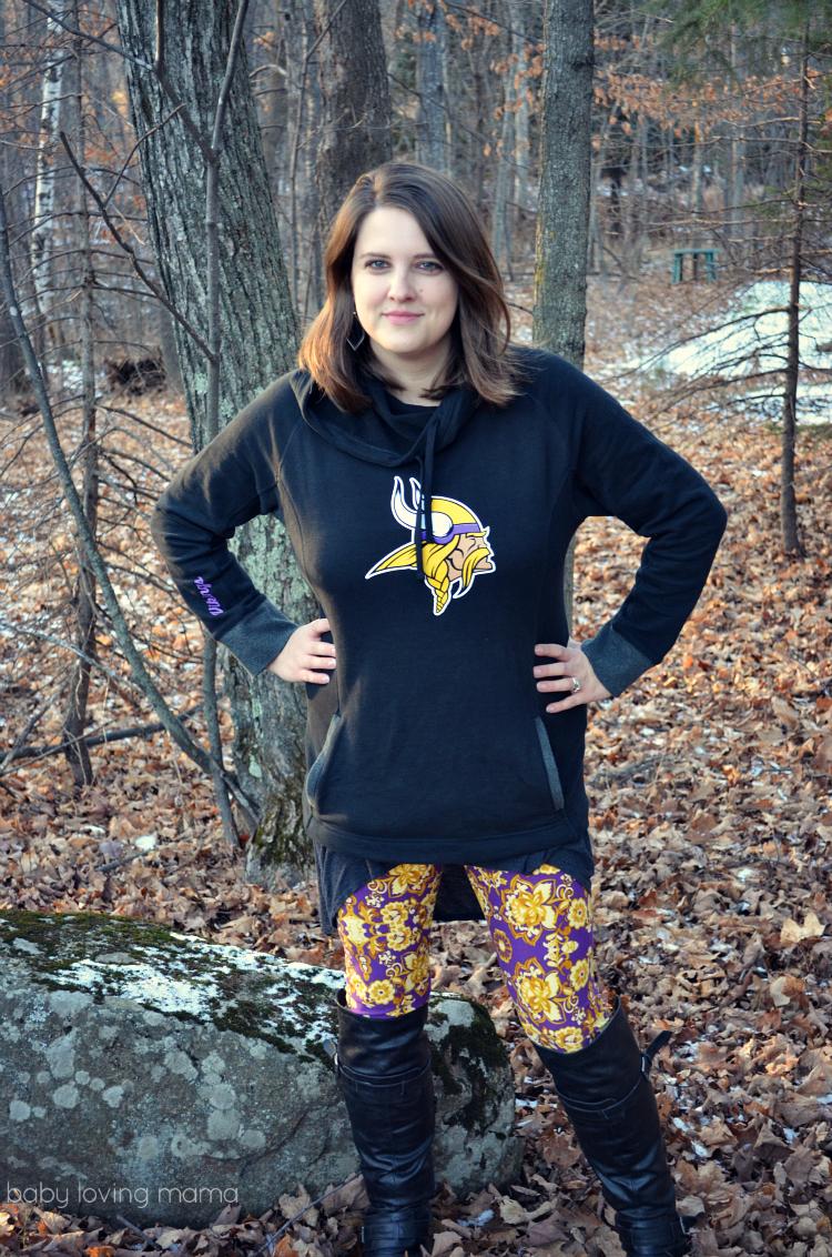 NFL Shop Womans Vikings Sweatshirt Floral Leggings